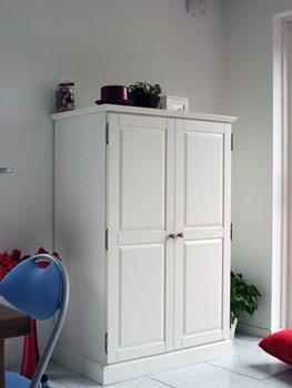 Wandschrank im Esszimmer